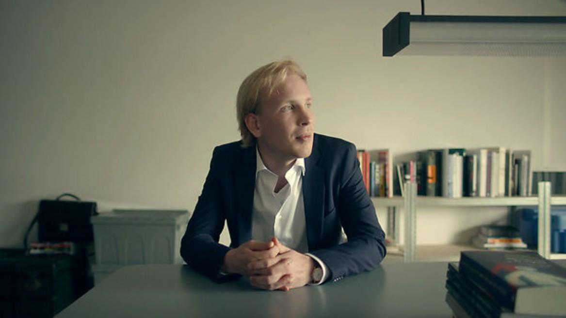 Tegenlicht Ons basisinkomen volgens Rutger Bregman Den Haag Meetup Pakhuis de Regah Pakhuis de Reiger Een soort Pakhuis de Zwijger in Den Haag